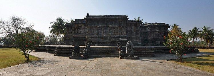 India - Karnataka - Halebid - Hoysaleswara Temple - 115